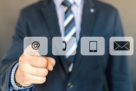 Tecniche di vendita, comunicazione efficace e social media relations